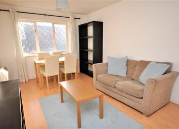 1 bed flat to rent in Heathfield Drive, Mitcham CR4