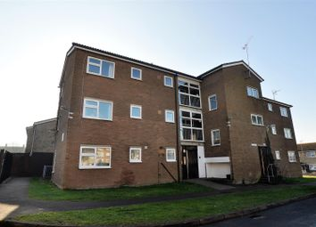 Thumbnail 2 bedroom flat to rent in Maylin Close, Hitchin
