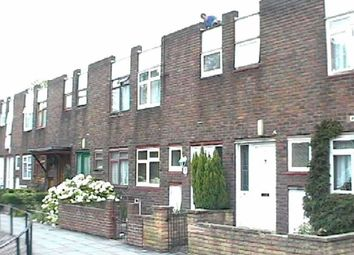 Thumbnail 3 bed property to rent in Broadhead Strand, Colindale, London