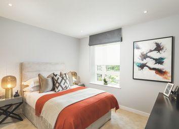 Thumbnail 2 bedroom flat for sale in Kew Bridge Road, Brentford