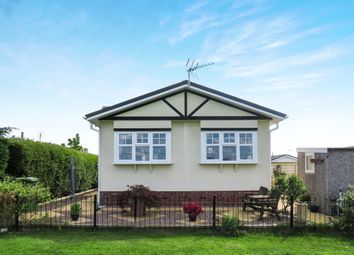 Thumbnail 2 bed mobile/park home for sale in Redlands Park, Lighthorne, Warwick
