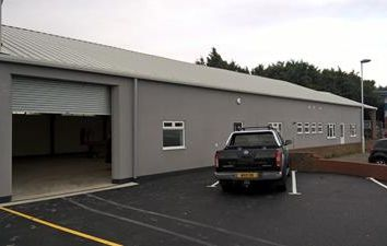 Thumbnail Light industrial to let in Woods Way, Worthing, West Sussex