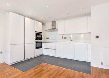 Thumbnail 2 bed flat to rent in 14B Hill Avenue, Amersham