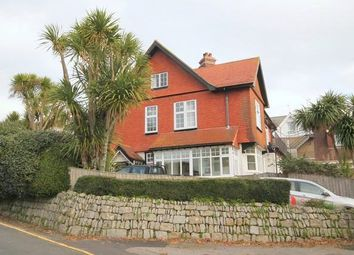 Thumbnail 2 bed flat to rent in Gyllyngvase Road, Falmouth