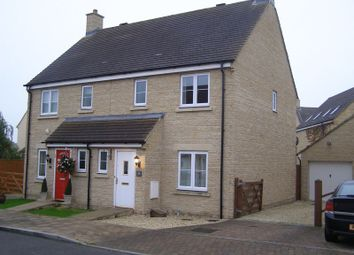 Thumbnail 3 bed semi-detached house to rent in Oakdale Road, Witney
