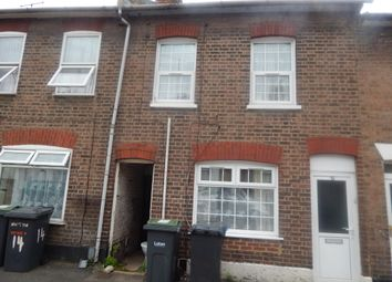 Thumbnail 3 bedroom terraced house to rent in Hillside Road, Luton