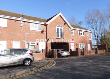 Thumbnail 2 bed flat to rent in East Avenue, Tividale, Oldbury, West Midlands