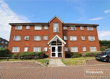 Thumbnail 2 bedroom flat to rent in Kensington Way, Borehamwood, Hertfordshire