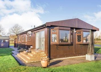 Thumbnail 2 bed mobile/park home for sale in Mulberry Way, The Elms, Torksey, Lincoln