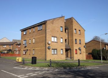 Thumbnail 1 bedroom flat to rent in Lyoncross Avenue, Barrhead, East Renfrewshire