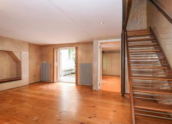 Thumbnail 2 bed flat for sale in Hatherley Grove W2,