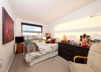 Thumbnail 1 bed flat for sale in Deals Gateway, Lewisham