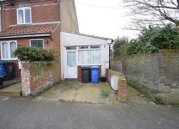 Thumbnail 2 bed property to rent in Beaconsfield Road, Norwich