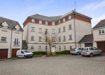 Thumbnail 2 bedroom flat for sale in Dovedale, Swindon