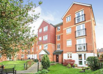 2 bed property for sale in Willow Road, Aylesbury HP19
