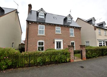 5 bed detached house for sale in Felstead Crescent, Stansted CM24