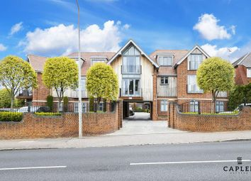 Thumbnail 3 bed duplex to rent in Manor Road, Chigwell