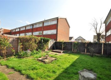 2 bed maisonette to rent in Mere Road, Shepperton, Surrey TW17