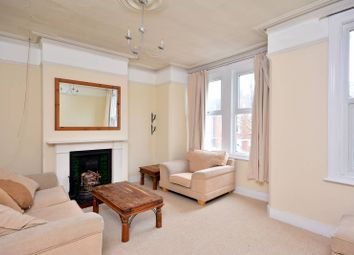 2 bed maisonette to rent in Ivy Crescent, Chiswick W4