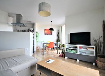Thumbnail 1 bed flat to rent in Mare Street, Hackney, London