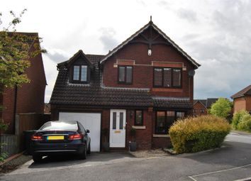 Thumbnail 3 bed property for sale in Thornhill Drive, Blunsdon, Swindon