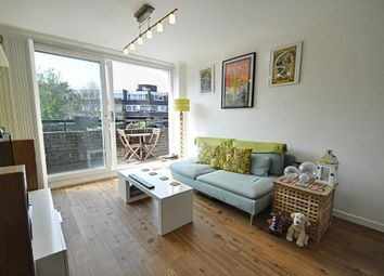 Thumbnail 2 bedroom flat to rent in Augustus Close, Brentford