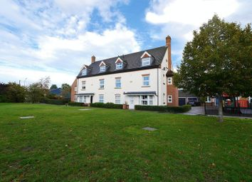 Thumbnail 2 bed flat for sale in Windsor Drive, Wallingford