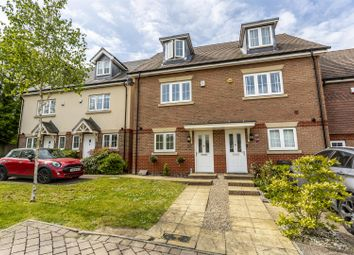 3 bed end terrace house for sale in Ash Close, Banstead SM7