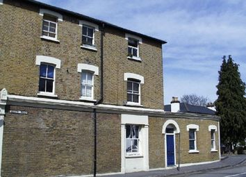 Thumbnail 1 bedroom flat to rent in Walton Road, East Molesey