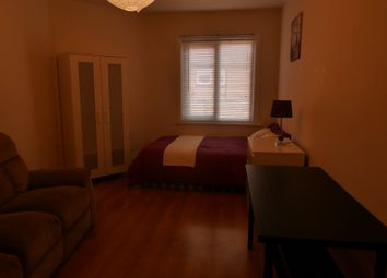 Thumbnail Room to rent in Tong Road, Farnley, Leeds