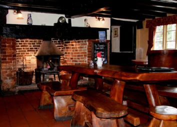 Thumbnail Pub/bar for sale in The Pineapple, Reading