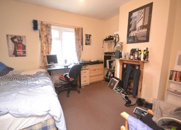 Thumbnail 5 bed terraced house to rent in Brighton Road, Earley, Reading