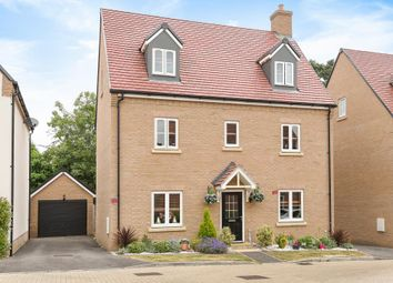 5 bed town house for sale in Westcroft Close, Earley, Reading, Berkshire RG6
