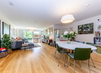 Gloucester Avenue, Primrose Hill NW1. 3 bed flat