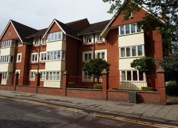 Thumbnail 3 bed flat to rent in Union Street, Bedford