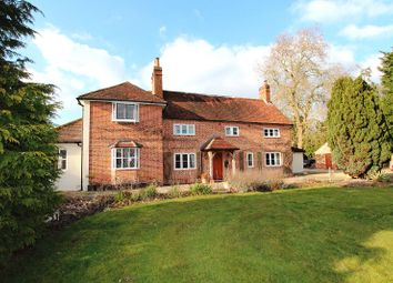 Thumbnail 7 bed detached house to rent in Reading Road, Heckfield, Hook