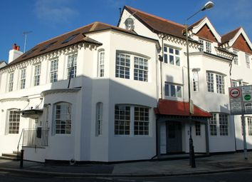 2 bed property to rent in High Street, Hampton TW12