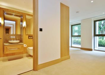Thumbnail 3 bed flat for sale in Abell House, Dean Ryle Street, Westminster, London