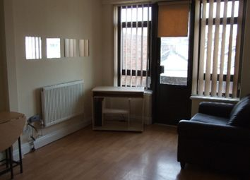 2 bed flat to rent in Leeds House, Luton LU1