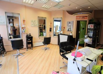 Retail premises to let in High Road, Leytonstone E10