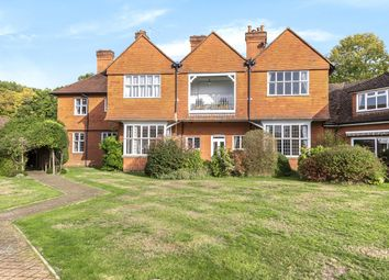 Thumbnail 3 bed flat for sale in Leigh Corner, Cobham