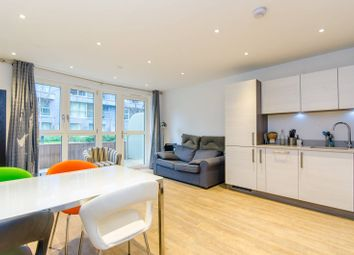 Thumbnail 2 bed flat to rent in Queensland Road, Highbury, London