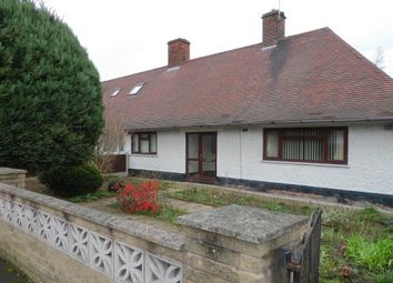 2 bed semi-detached bungalow to rent in Orston Drive, Nottingham NG8
