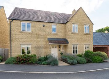 Thumbnail 5 bedroom link-detached house for sale in Stirling Way, Moreton In Marsh, Gloucestershire
