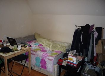 Thumbnail Studio to rent in Jesmond Dene, Lithos Road, London