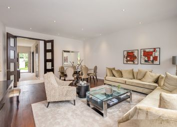 Thumbnail 4 bed town house for sale in Gunnersbury Mews, London