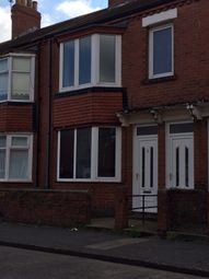 Thumbnail 2 bedroom flat to rent in Emlyn St, South Shields