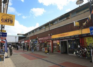 Thumbnail 1 bed flat to rent in Broadwalk, Crawley