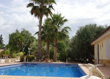 Thumbnail 7 bed property for sale in Alicante, Spain