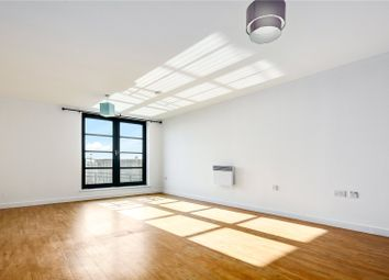 2 bed flat for sale in Commercial Road, London E14